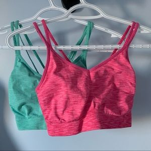 2 old navy active sports bras size large
